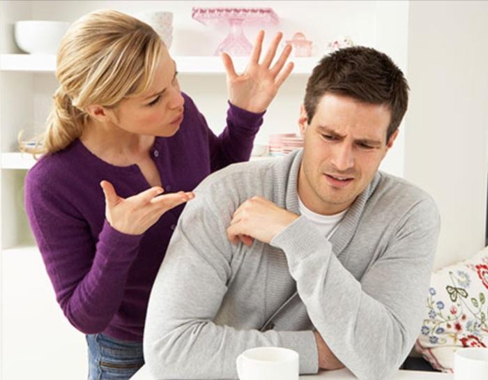 argumenting girlfriend