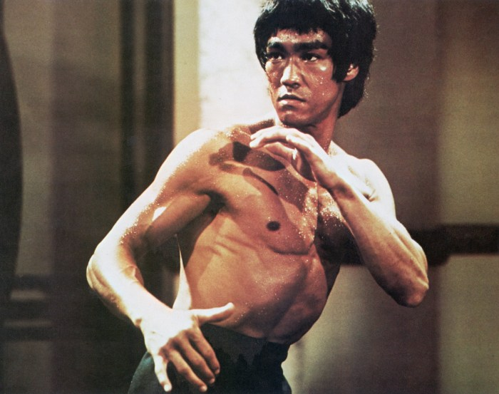 bruce lee hand up and hand down